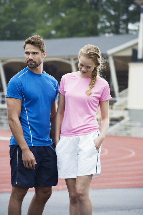 029336 - Ice Sport-T - T-shirt Homme - T-shirt Femme - T-shirt unisexe 100% Polyester - 109 T-shirts