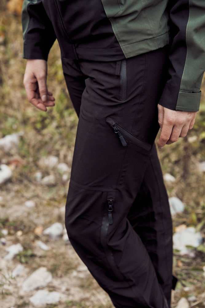 020902_pantalon de trekking, clique, 020902, new wave, 109 t-shirts, pantalon, trekking, unisexe, homme, femme, tendance, qualite, poches, zips