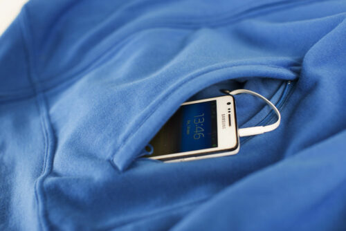 02103_BasicCardigan_sweatshirt, sweat, full zip, tendance, ajuste, clique, new wave, 109 t-shirts, smartphone, cable, oeillet