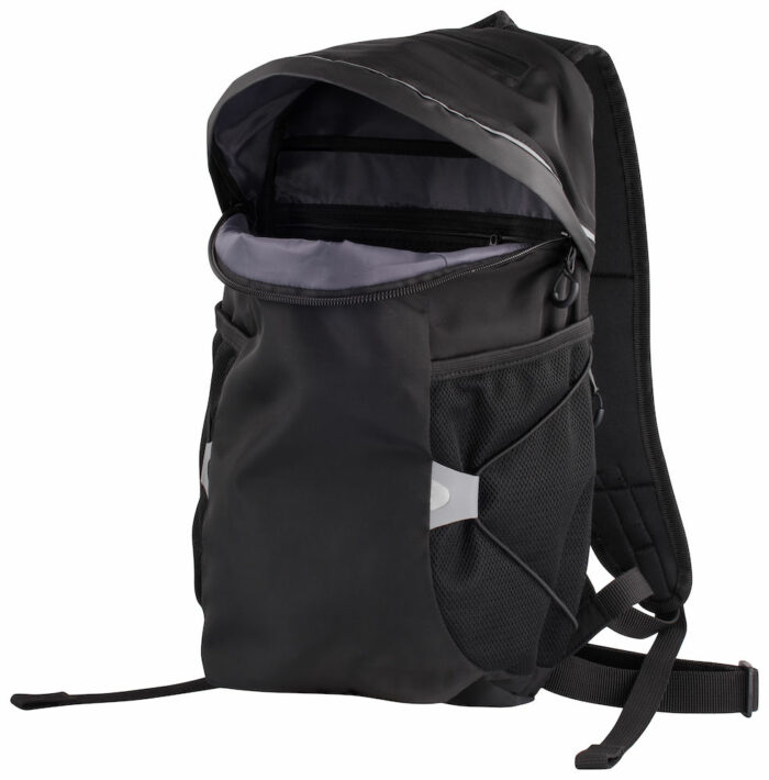 040242_99_DayBackpack - Enfin un sac à dos léger et flexible - 3 compartiments dont 1 caché a/ accès sous la bretelle + nombreuses poches en accès facile - poignée astucieuse - attache sternum + taille pour plus de stabilité et de maintien. Inserts reflective pour une visibilité optimale dans la nuit - 41x23x13cm - 12L - clique, 109 t-shirts