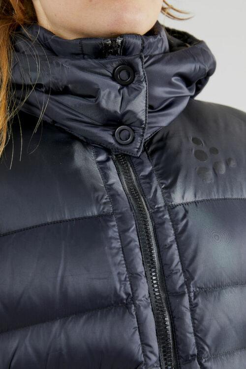 1908001_396000_Down jkt_Femme, Grosse Doudoune chaude • Deux poches latérales • Capuche amovible • Bords côte sur les manches • Poche intérieure zippée • Taille justable, Craft, 109 t-shirts