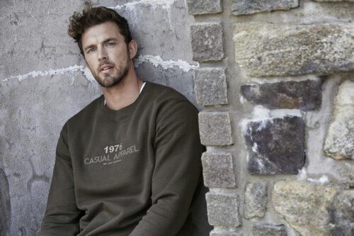 5429_Heavy Sweatshirt, Homme, Femme, Unisexe, coton égyptien à longues fibres -surface douce -couleurs éclatantes grâce à une double teinture -intérieur brossé -bord-côte en lycra pour un meilleur maintien -surpiqûres, Tee Jays, 109 t-shirts