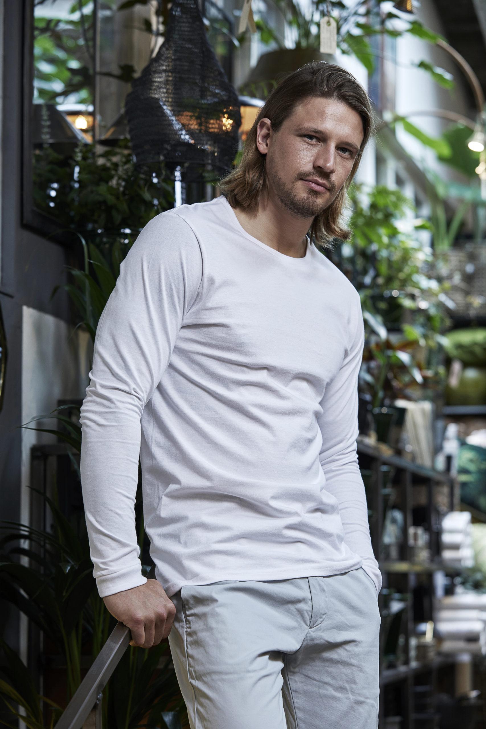 8007_T-shirt col rond pour Homme - Coton prérétréci 2 fois - Bande de propreté - Modèle moulant - Manches Longues, Tee Jays, 109 t-shirts