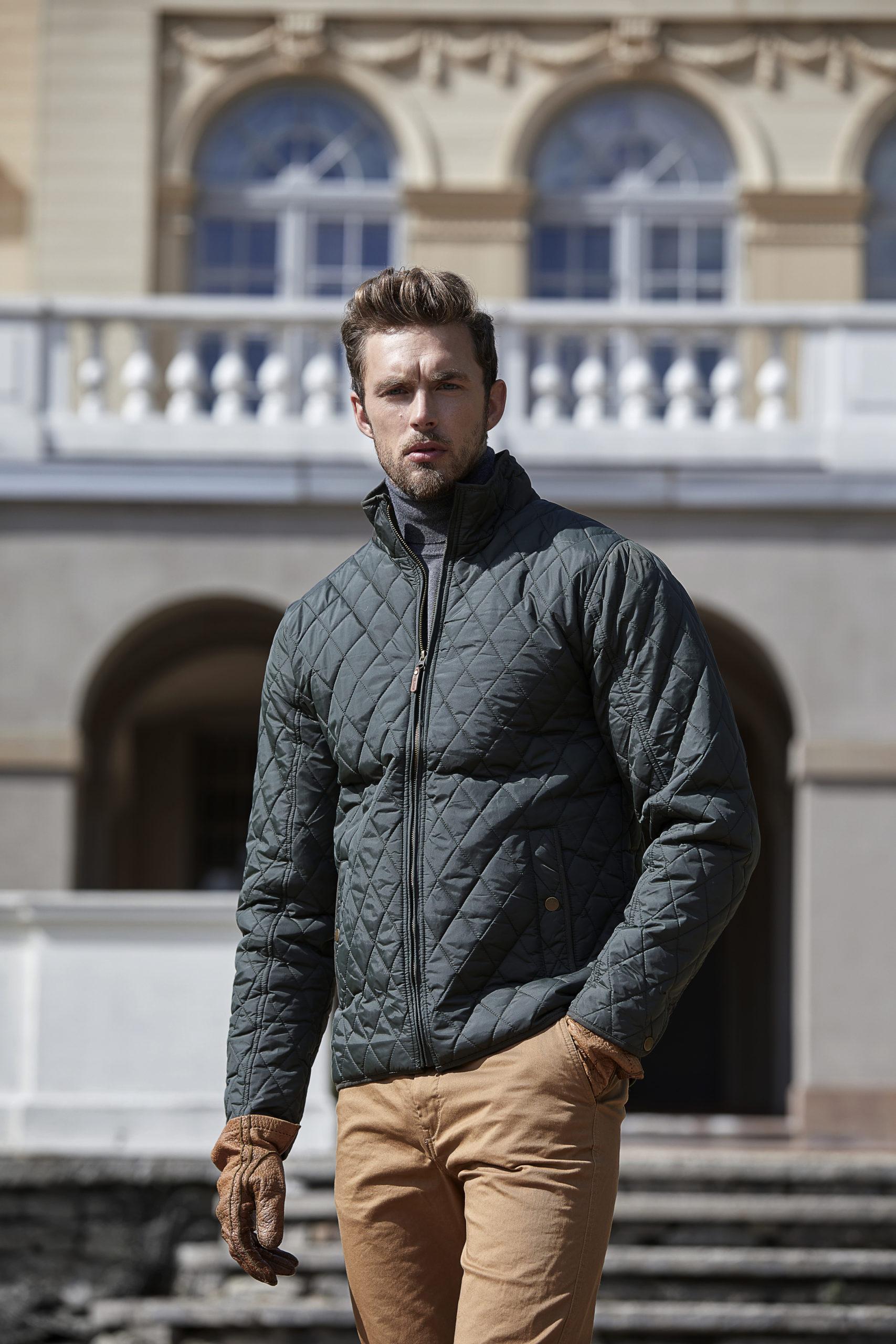9660_Homme_Richmond_Jacket_Fermeture à glissière pleine longueur -2 larges poches à l avant, poche à l intérieur -Fermeture à glissière et boutons métalliques -Conçu pour la personnalisation - Coupe ajustée, Tee Jays, 109 T-shirts